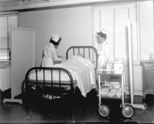 Dix Hospital patient care, 1946-1947. Photo courtesy the Barden Collection, North Carolina State Archives, Raleigh, NC.