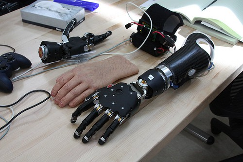 The Modular Prosthetic Limb (MPL) was developed as part of a four-year program by the Johns Hopkins Applied Physics Laboratory, along with Walter Reed National Military Medical Center and the Uniformed Services University of the Health Sciences.