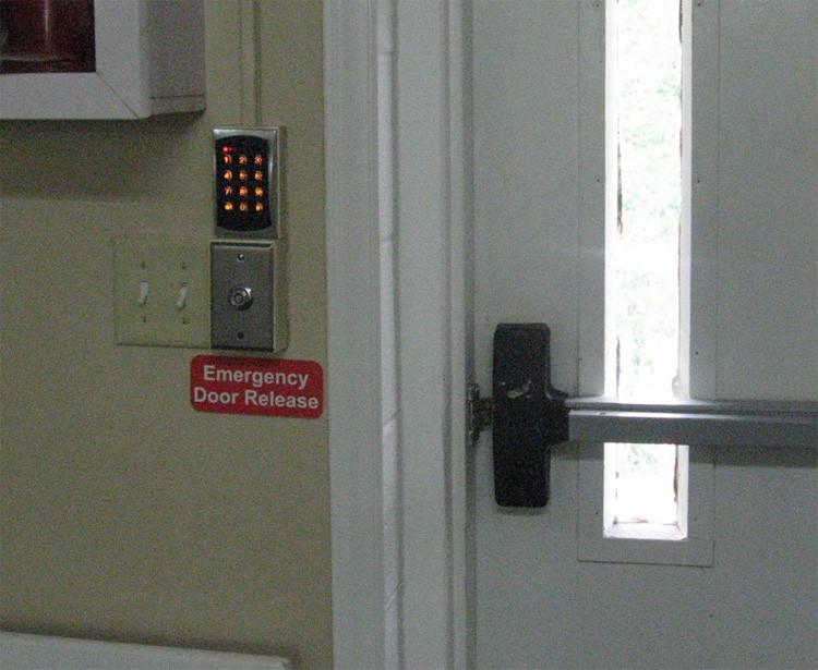 Rate Cuts Threaten Dementia Care Facilities North