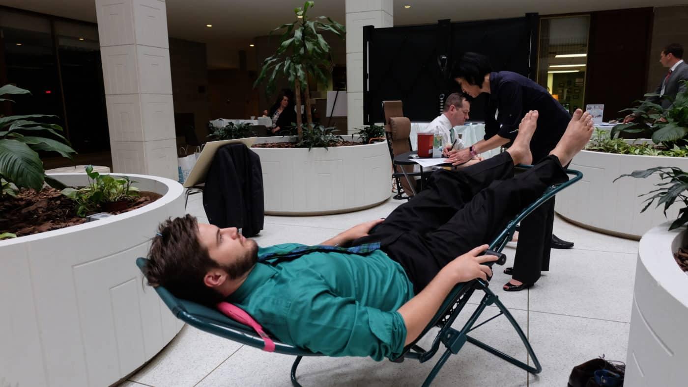 Acupuncturists Stick It to Opioids
